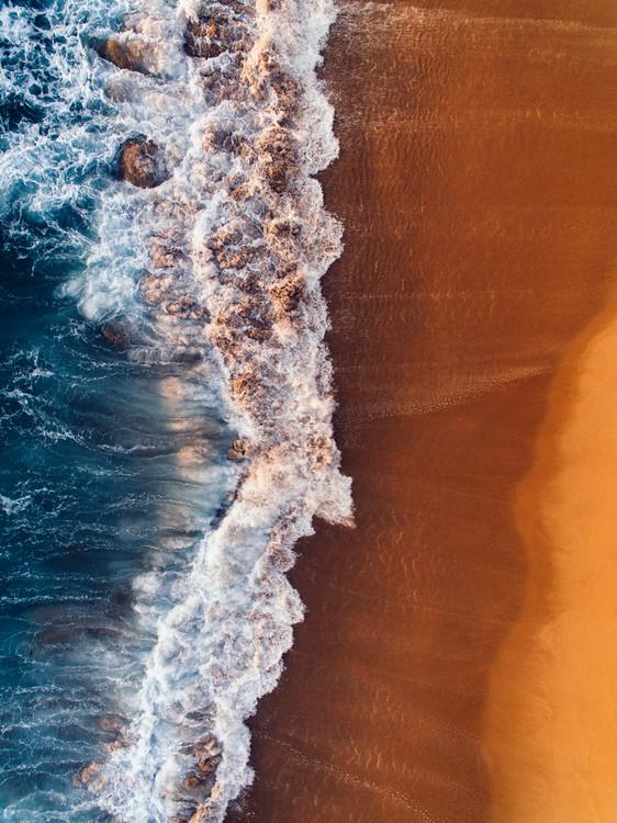 Eksklusiiviset taidevalokuvat Water arrive to sand