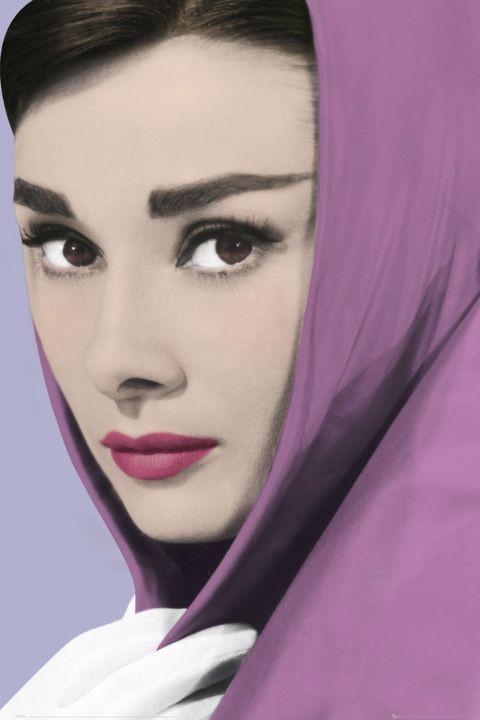 Juliste AUDREY HEPBURN - shawl