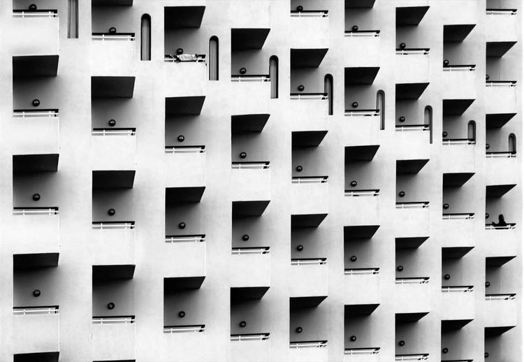 Geometric Facade Valokuvatapetti
