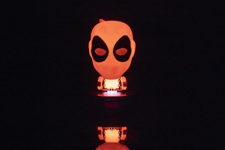 Glowing figurine Marvel - Deadpool