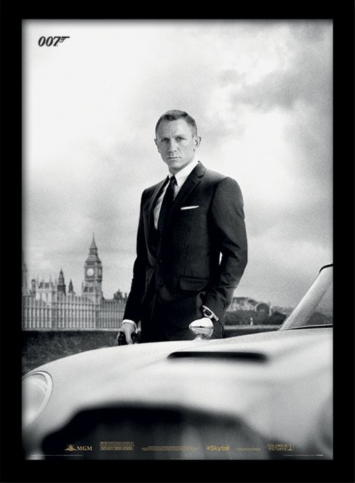 Framed poster James Bond (Skyfall) - Bond & DB5