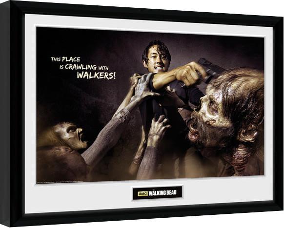 Framed poster The Walking Dead - Glenn Attack