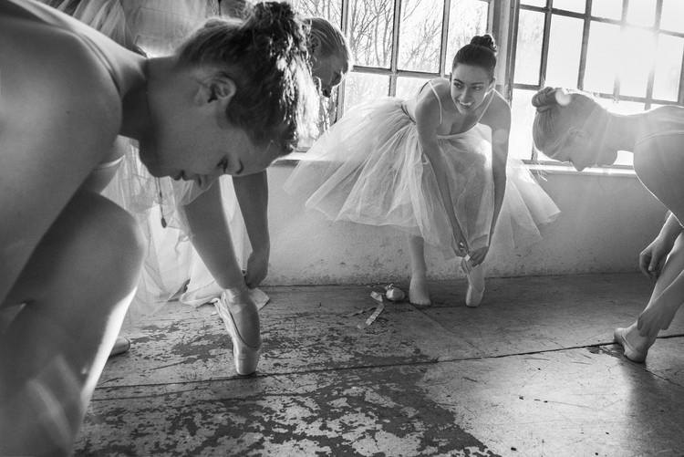 Art Print on Demand Ballet dancers preparation...
