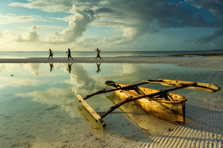 Art Print on Demand Fishers in Zanzibar, Tanzania