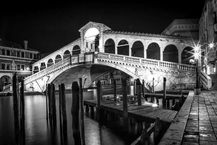 Art Print on Demand VENICE Rialto Bridge at Night