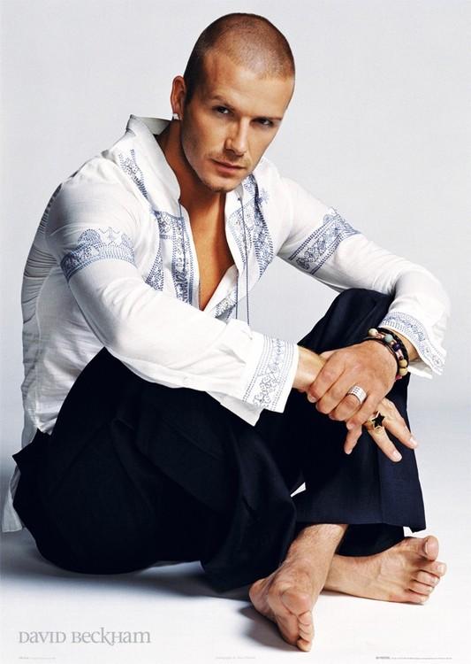 David Beckham - sitting Poster, Art Print
