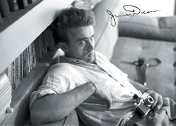 James Dean - camera b&w Poster, Art Print