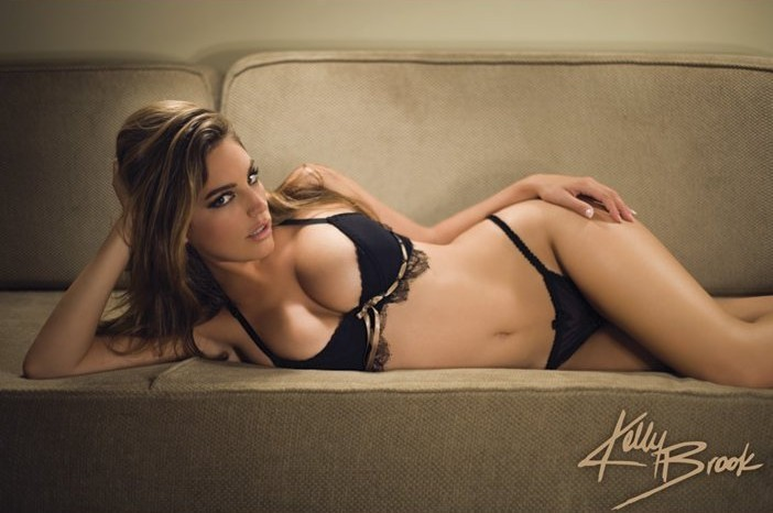 Kelly Brook - sofa Poster