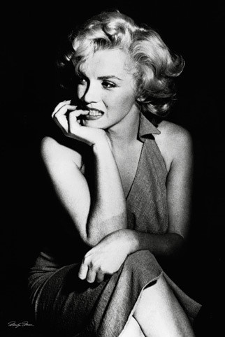 Marilyn Monroe - sitting Poster | Sold at Europosters