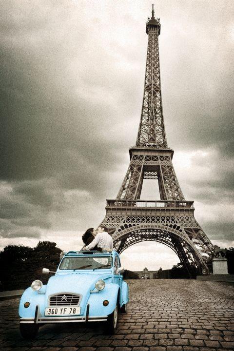 Paris - romance / sepia Poster