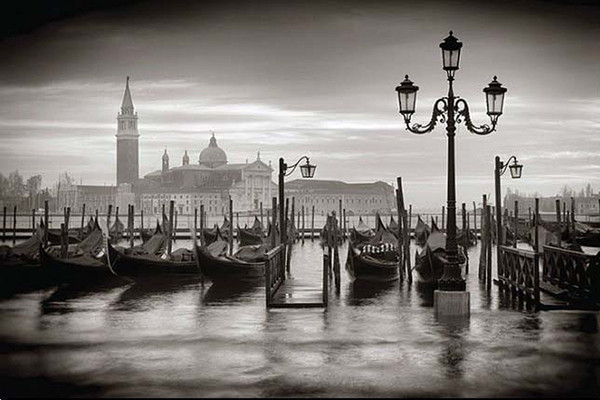 Venice bw poster