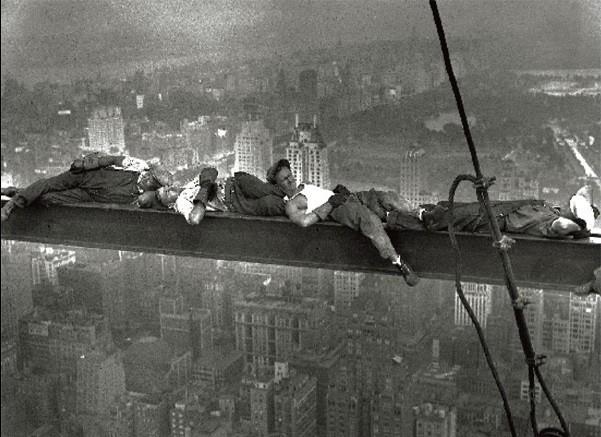 New York - Radio city workers Taidejuliste