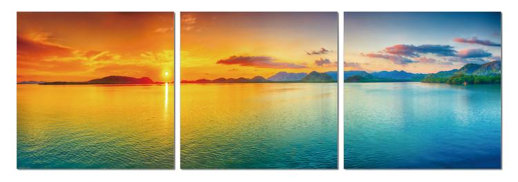 Sunset over the lagoon Taulusarja