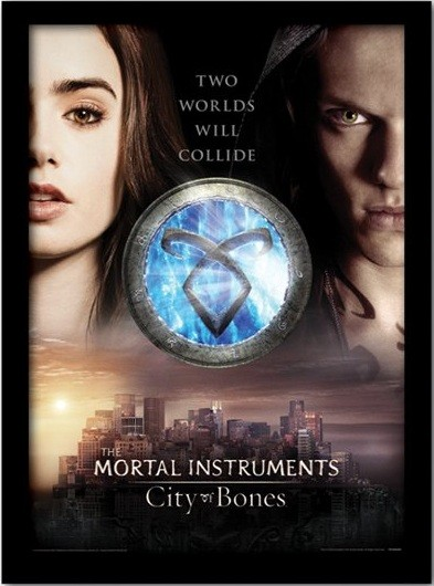 THE MORTAL INSTRUMENTS : LA CITÉ DES TÉNÈBRES – two worlds  Poster encadré en verre