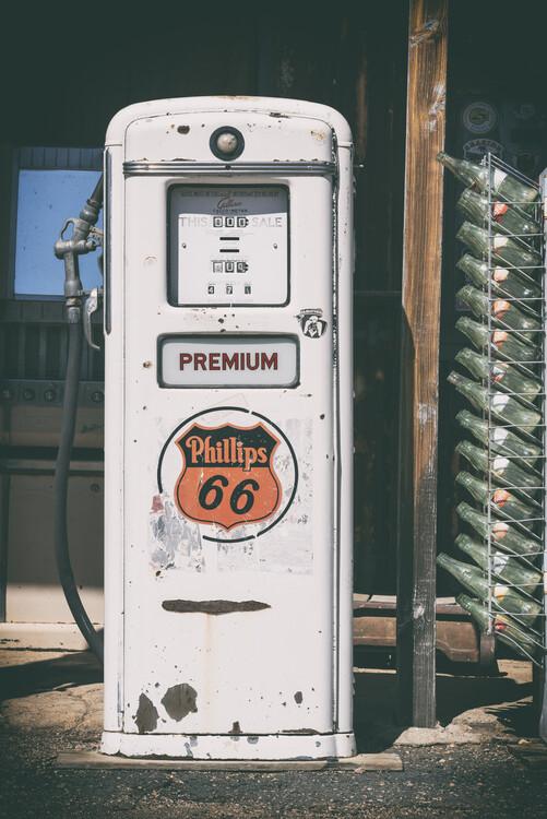 Valokuvatapetti American West - Gas Station Premium 67
