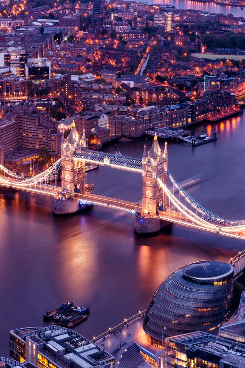 Valokuvatapetti View of City of London with the Tower Bridge at Night